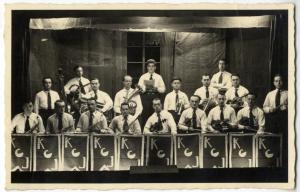 Portrait de musiciens de jazz chez un cafetier, rue Decrême
