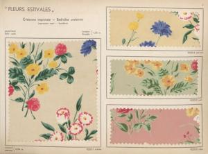 Image d'archives de timbres anciens représentant des fleurs